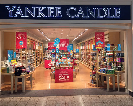 Yankee Candle Store Front