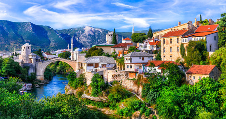 Photo sur Toile Con. Antique Amazing iconic old town Mostar with famous bridge in Bosnia and Herzegovina