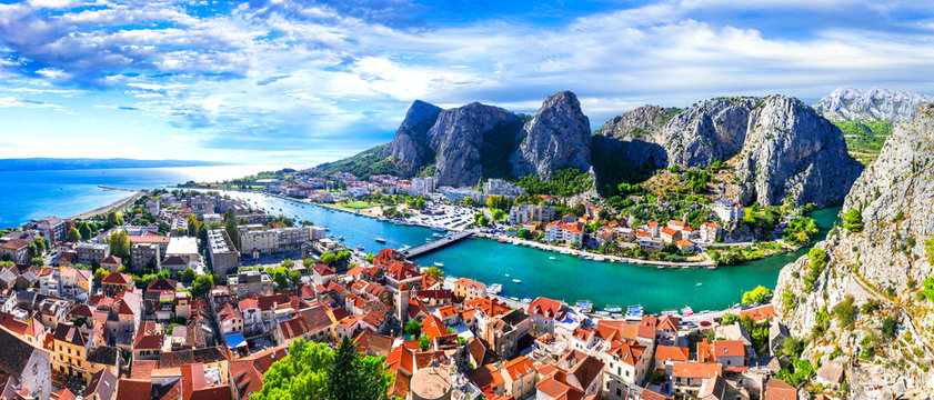 Landmarks of Croatia - impressive Omis town surrounded with gorges, over Cetina river