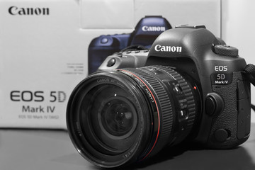 BANGKOK, THAILAND - OCTOBER 1, 2016: Cose-Up on the New DSLR Canon 5D Mark IV  on October 1, 2016
