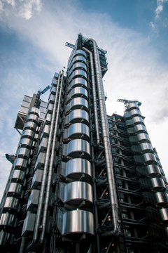 The Lloyds Building, London, UK. A landmark of finance, insurance and a classic example of Richard Rogers Bowellism architecture.