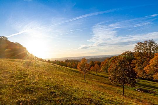 Herbst auf der schwäbischen Alb - Aussicht vom Hörnle, Burg Teck