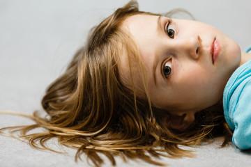 Mädchen , 6 Jahre, Portrait, Deutschland