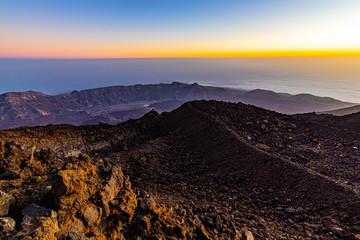 Fotobehang Aubergine Puesta de sol en el Volcán Teide de Tenerife