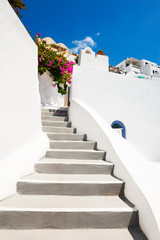 Poster Mediterraans Europa White cycladic architecture on Santorini island, Greece. Travel destination, popular touristic resort