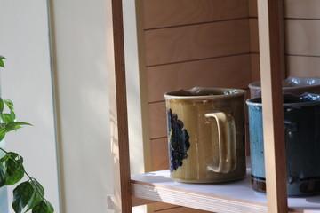 카페의 컵 사진입니다. 장식용입니다.