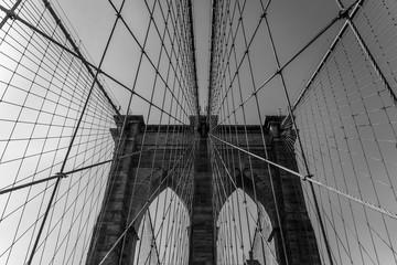 Spoed Fotobehang Brooklyn Bridge Brooklyn bridge black and white Image, amazing photography of the Brooklyn bridge