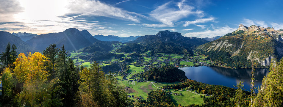 Altaussee, Loser and lake Altausseer See in the Salzkammergut in Austria.