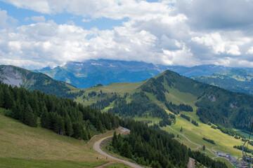 Papiers peints Bleu vert Montagne paysage