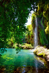Photo sur Plexiglas Cascades Kursunlu Nature Park and waterfall with lake
