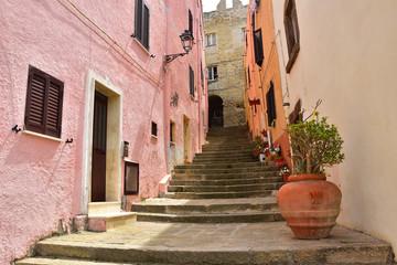 uliczka w Castelsardo na Sardynii