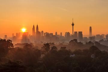 Fotobehang Kuala Lumpur majestic sunrise over kuala lumpur, malaysia city skyline