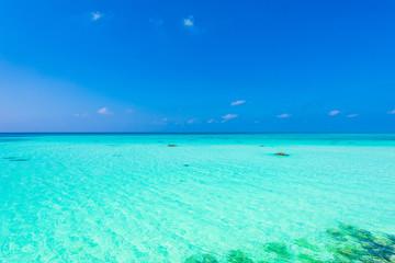 Türaufkleber Reef grun 宮古島の海 Beautiful beach in Miyakojima Island, Okinawa.
