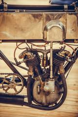 Foto op Plexiglas Fiets Very old motorcycle engine