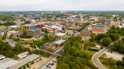 Fotomurales - Aerial View over the Buildings and Infrastructure in Clarksville Tennessee