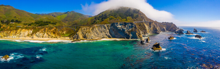 Arial view of the California Bixby bridge in Big Sur in the Monterey County along side State Route 1 US, the ocean road.  Fototapete