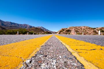 Carretera en los Andes al noroeste de Argentina, Salta Jujuy
