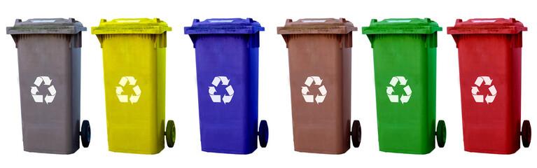 Panorama Mülltonnen verschiedene Farben