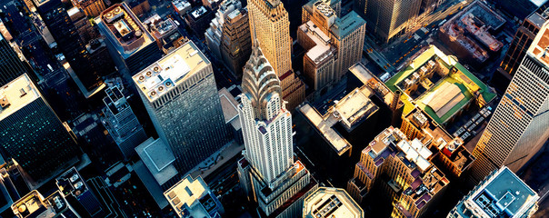Fond de hotte en verre imprimé New York Aerial view of the skyscrapers of Midtown Manhattan New York City