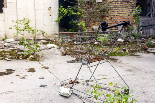 Inside the grocery store. Pripyat, Chernobyl. The building of the destroyed shopping center.