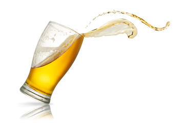 Fotobehang Bar Beer splash in glass isolated on white