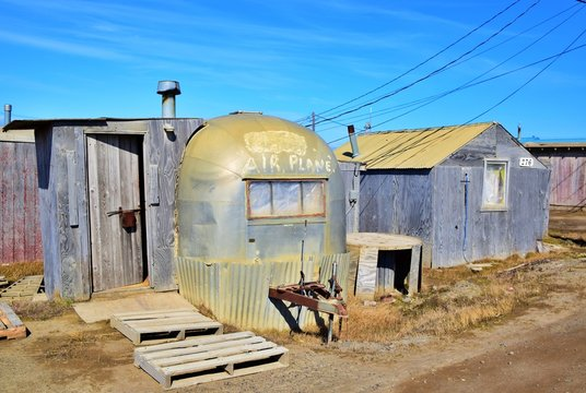 Airplane House - Barrow , Alaska