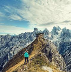 Wall Mural - in den Bergen klettern und wandern