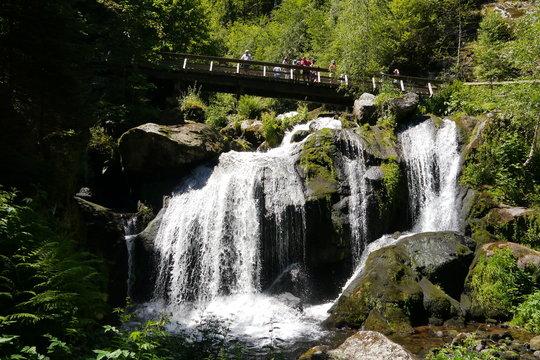 Triberger Wasserfall mit Brücke