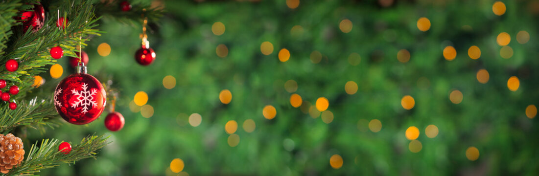 Christmas holidays banner, tree, bokeh background