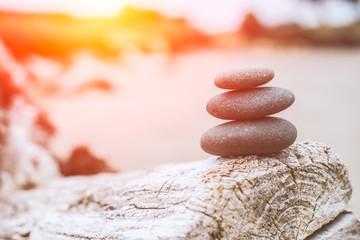 Photo sur Aluminium Zen pierres a sable LWTWL0003570 Balance stone river coast