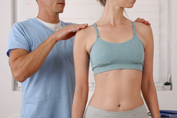 Scoliosis, Posture Correction. Chiropractic treatment, Back pain relief. Physiotherapy / Kinesiology for female patient
