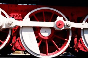 wheels of old steam locomotive