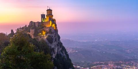 Fototapete - Guaita fortress in San Marino