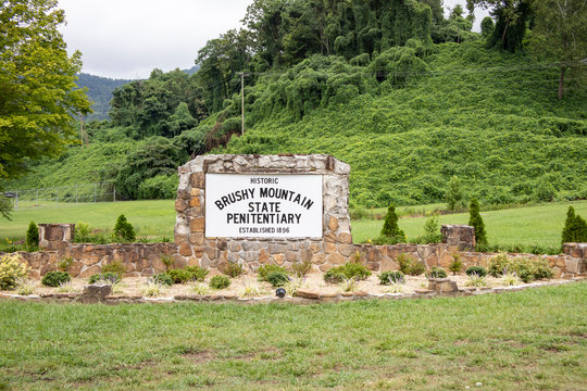 Entry sign at Brushy Mountain State Penitentiary