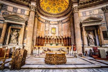 Pantheon in Rome, place of the gods. Beautiful interior Fototapete