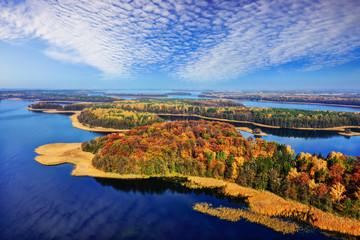 jesień na Mazurach w krainie tysiąca jezior