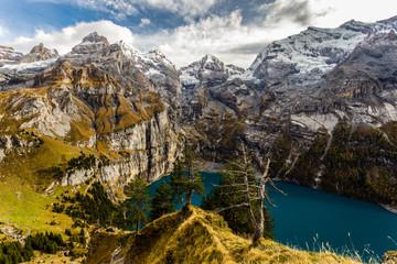Spectacular Oeschinensee lake in Bernese Oberland near Kandersteg / Spektakulärer Oeschinensee im Berner Oberland bei Kandersteg