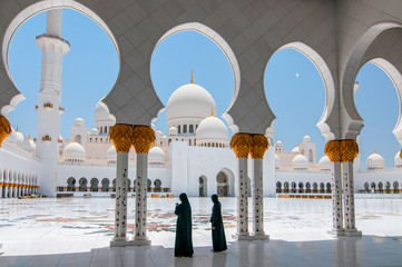 Photo sur Aluminium Abou Dabi Sheikh Zayed Grand Mosque in Abu Dhabi, the capital city of United Arab Emirates.