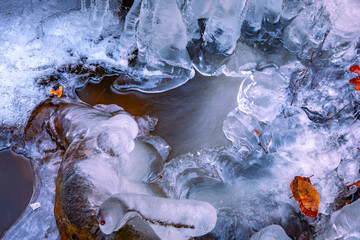 île de France : ice on river in winter