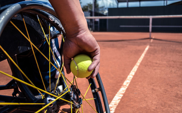 Passion overcomes barriers, tennis the new motor to follow.