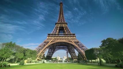 Fotomurales - hyper lapse, Eiffel tower, Paris. France