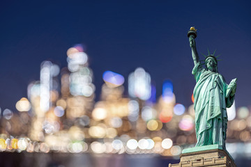 Wall Mural - Statue of Liberty New York