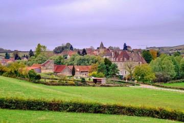 Photo sur Toile Lilas Village dans la Côte Chalonnaise en automne.