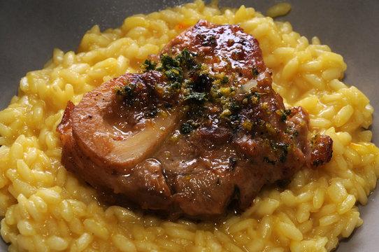 Ossobuco con risotto alla milanese ft9102_6500