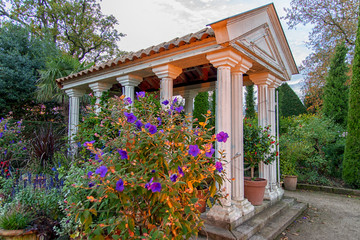 Autumn Gardens in Tuscany