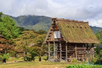 秋の白川郷 岐阜県白川村 Shirakawa-go in autumn Gifu Shirakawa village