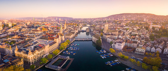 Fototapete - Aerial view of Zurich and River Limmat, Switzerland