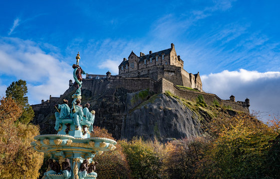 Edinburgh castle ,The Castle is a historic icon of the city  built on the Castle Rock in Edinburgh that is the capital city of Scotland. UK