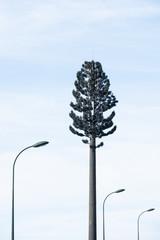 Antenne relais téléphonique 3G 4G 5 G