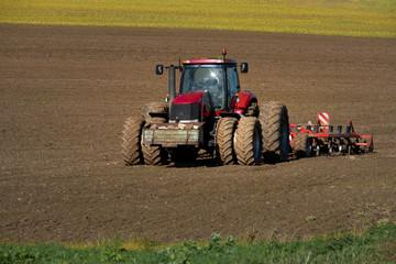 tracteur à huit roues